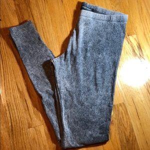 NWOT Victoria's Secret gray leggings